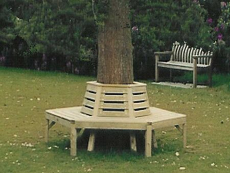 Traditional Round the Tree Seat product image 1